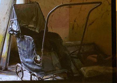 Kinderwagen oude staat voor oppervlaktebehandeling stralen en coaten